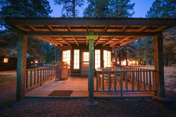 Corkins Lodge - Tipton Cabin