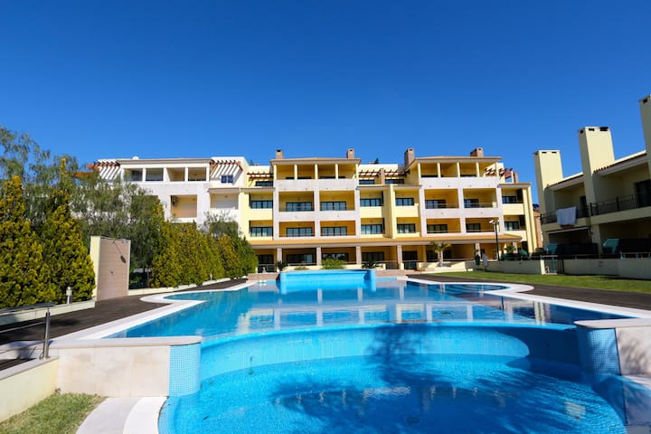 Colinas do Pinhal, 2 bed/2bath in Vilamoura