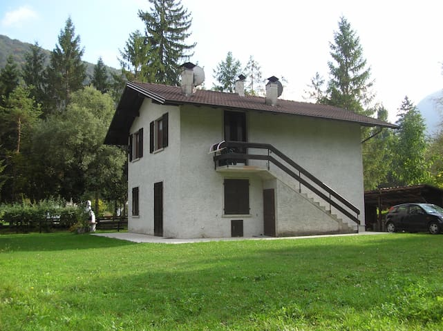 APARTMENT WITH LAKE VIEW - Ledro - Pis