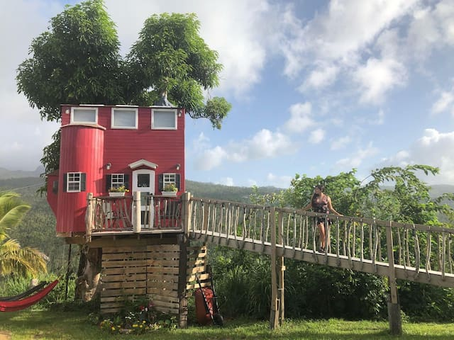 El Yunque View Treehouse