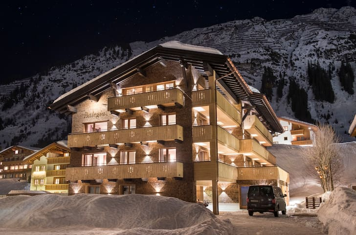 Balegia Penthouse, contemporary alpine chic in a prime location