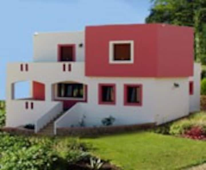 Alinda Family Villa with2 bedrooms and shared pool