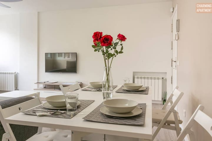 CHARMING APARTMENT-8PAX/2xBATHROOMS - Madri - Apartamento