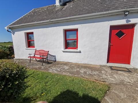 'Cabaña de puerta roja' con vistas al lago y a la montaña