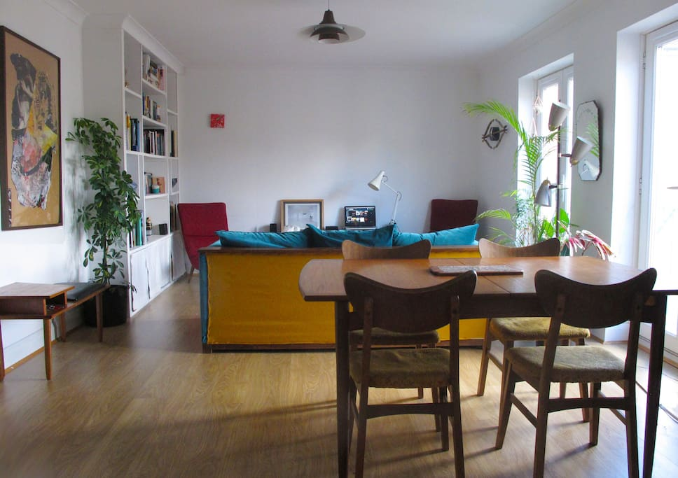 Spacious and really bright Living room facing the private  communal garden.