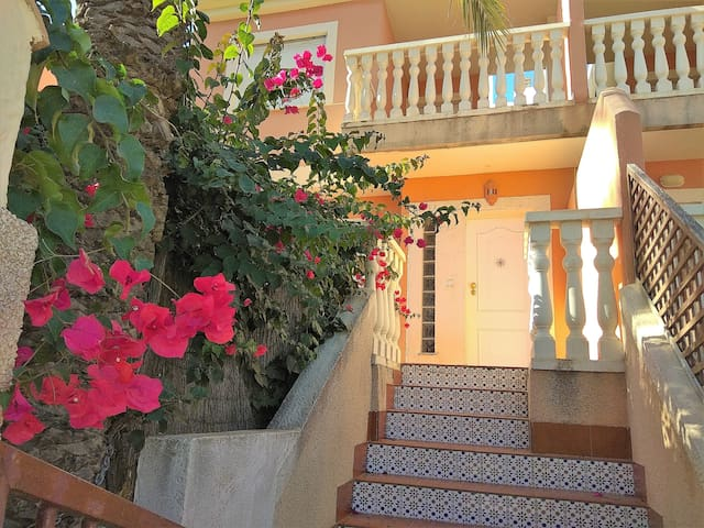 Four bedroom semi-dettached house in Cabo de Palos