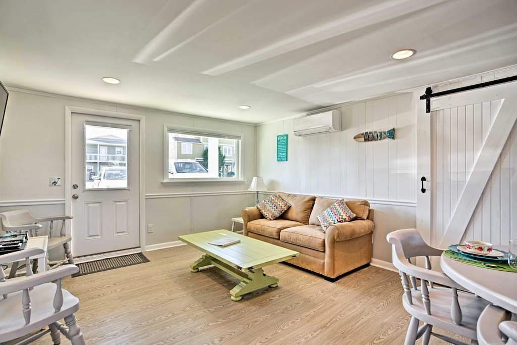 Enter inside the first floor, where you'll find a light and airy floor plan.