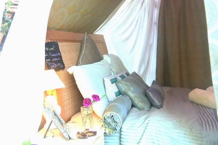 Gorgeous Glamping with Jacuzzi & Outdoor Fireplace - San Diego