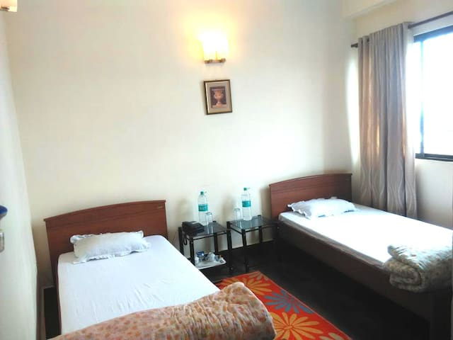 Next to Police Bazar - Deluxe Room