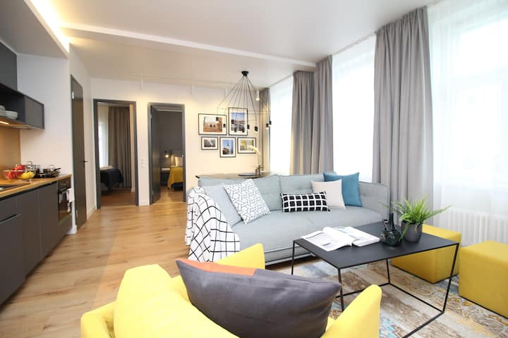 2 bedroom with views and sauna In Old Town