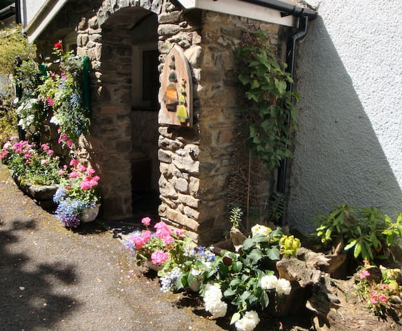 Firs Cottage Bed and Breakfast - Conwy
