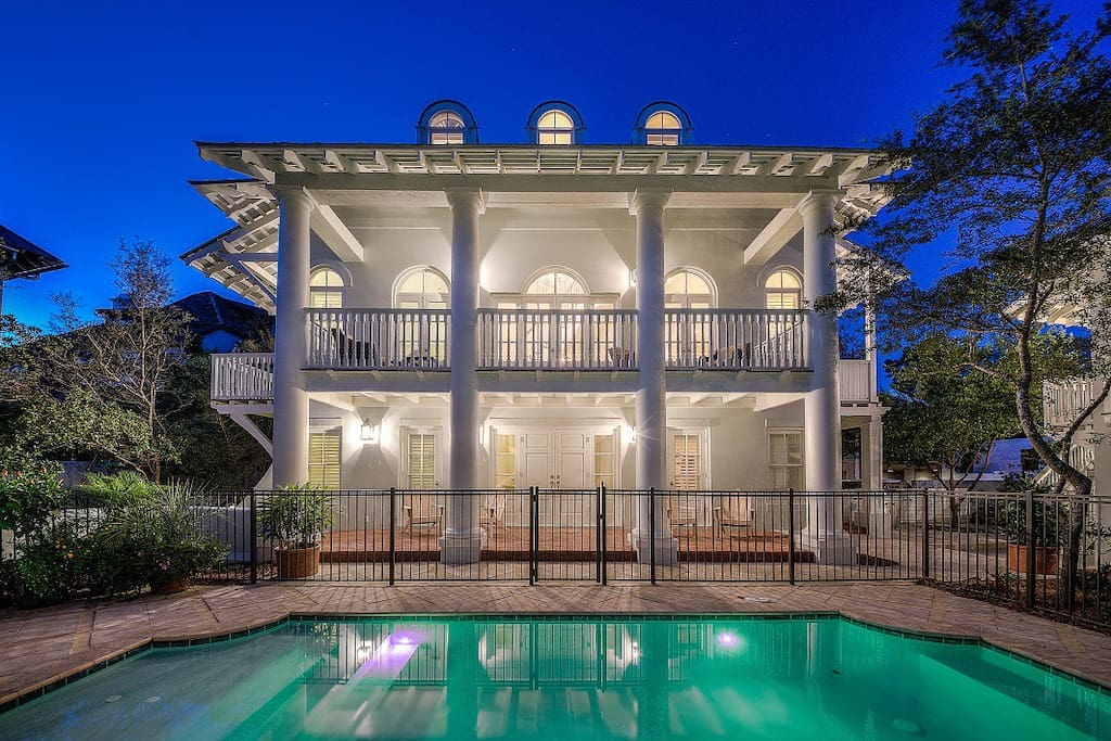 Tennessee Lagniappe with a private pool.