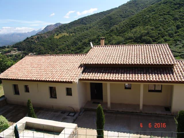 A 20 min d'Ajaccio, Villa récente 6 à 8 personnes - Cuttoli-Corticchiato - Casa