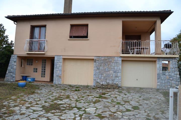 Chambre dans villa - Saint-Orens-de-Gameville - Villa