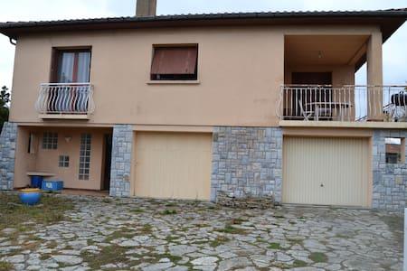 Chambre dans villa - Saint-Orens-de-Gameville - Casa de camp