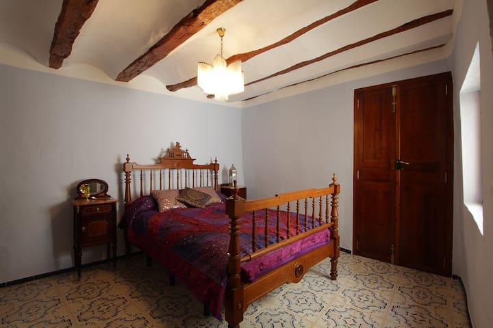 Casa Taure de estilo Árabe en Chelva (Valencia)