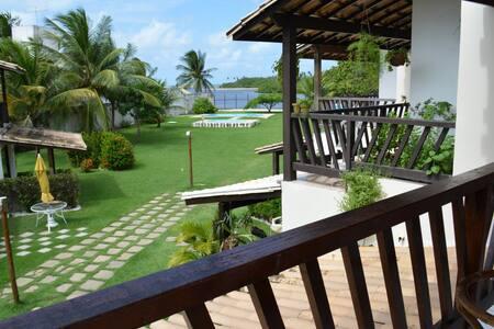 Casa com saída privativa para o Rio Jacuípe. - Catu de Abrantes - House