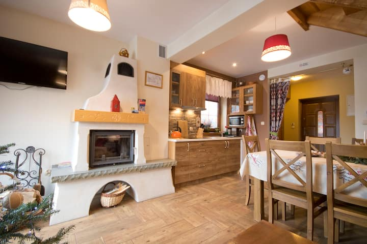 Cozy Cottage with Fireplace (70m2) Thermal pools