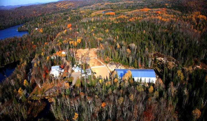 Villa, piscine & parc animalier à 20 min. du ski