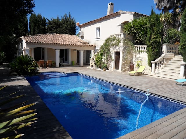 Wonderful villa in Provence - Marseille - Hus