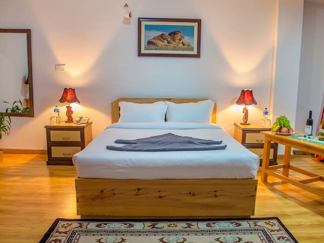 Deluxe Double , Room for Meditation - Katmandu