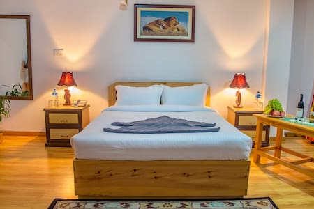 Deluxe Double , Room for Meditation - Kathmandu - Bed & Breakfast
