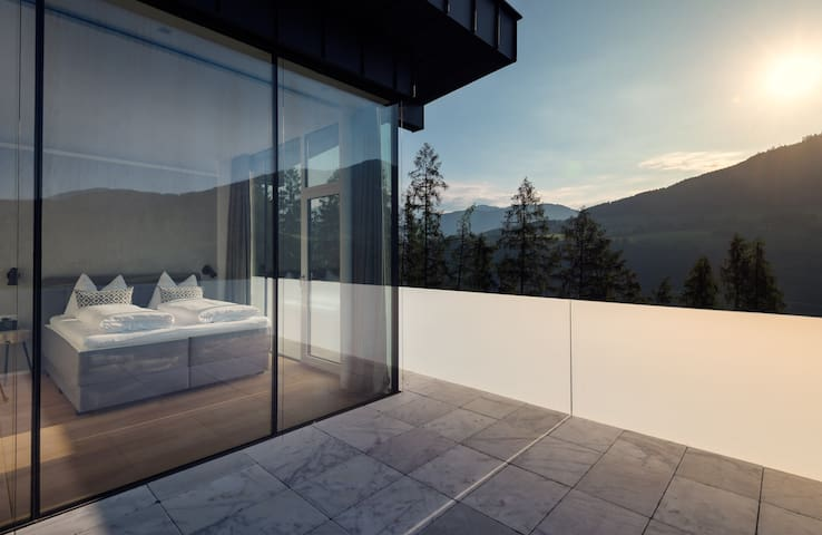 Alpen Penthouse with private Whirlpool and Sauna