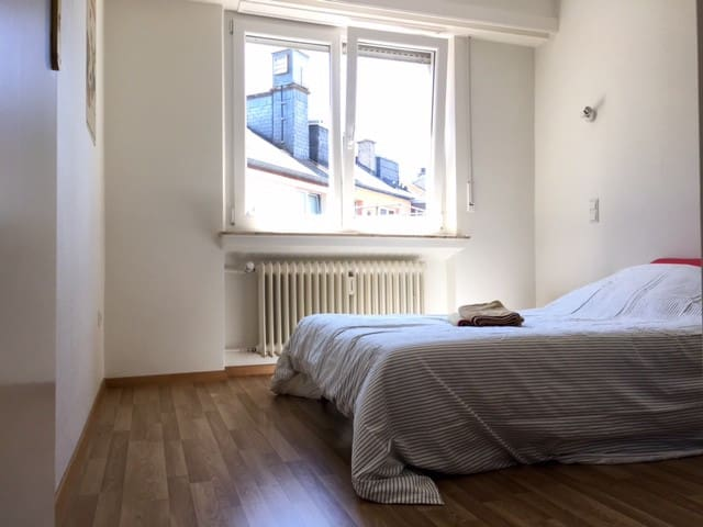 Cosy private room in Luxembourg city center - Luxembourg - Huoneisto