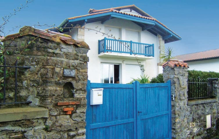 Holiday cottage with 3 bedrooms on 120m² in Hendaye Plage