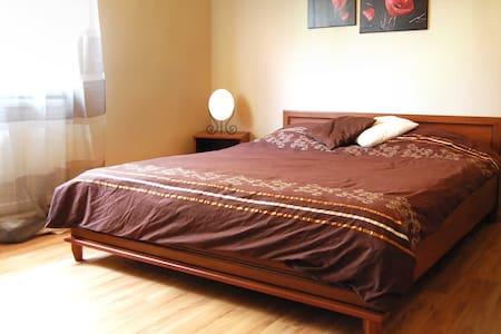 Nadis, przestronny apartament - Darlowo - Lägenhet