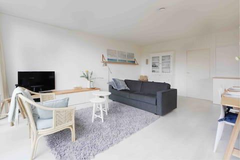 Stylish apartment with garden next to beach&harbor