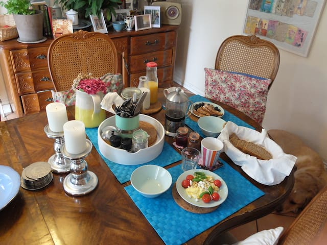 Home from Home in Galway, book now! - Galway - Bed & Breakfast
