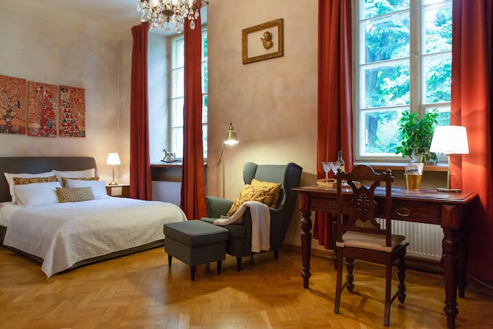 Swan Vintage, Stylish Pad near Warsaw Old Town