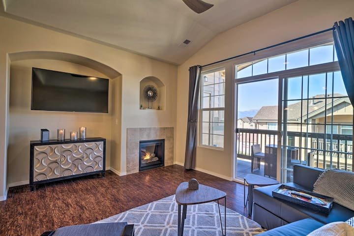 NEW! Colorado Springs Condo ~11 Mi to Air Force!