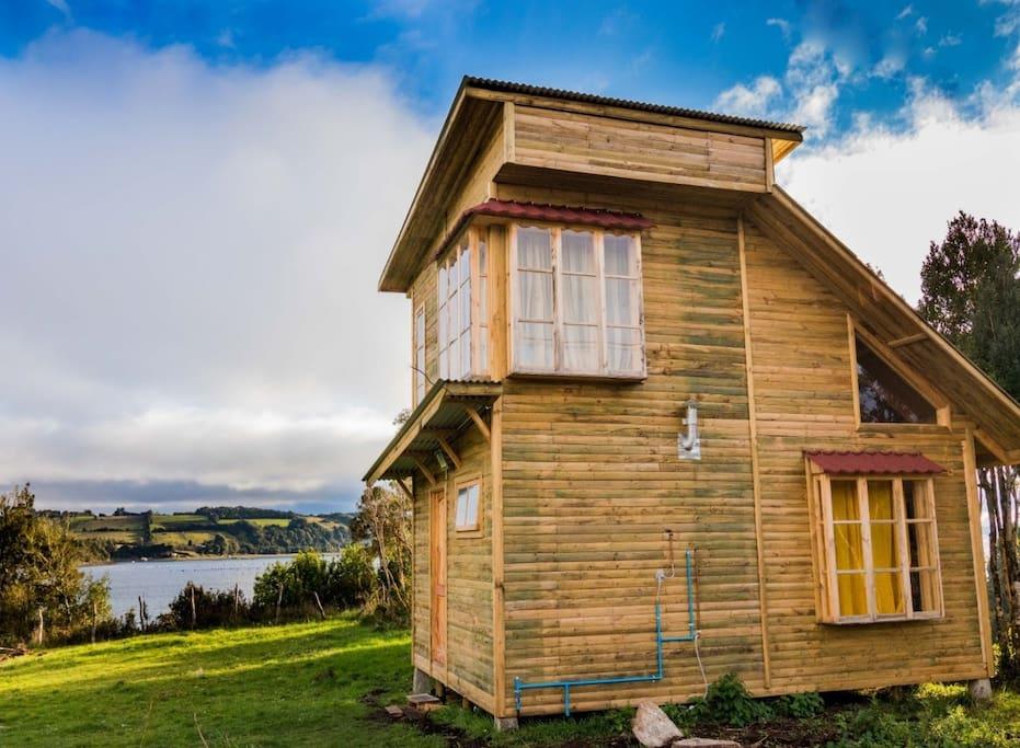 Cabaña N° 2 de dos pisos para 4 personas