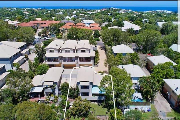 Treetop Luxury Spa Villa