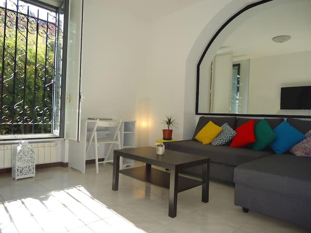 Great Central PRIVATE BEDROOM &BATHROOM Cozy Quiet