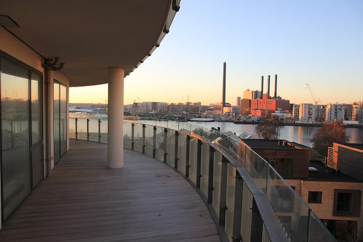 Apartment with harbour view and 58 m2 terrasse