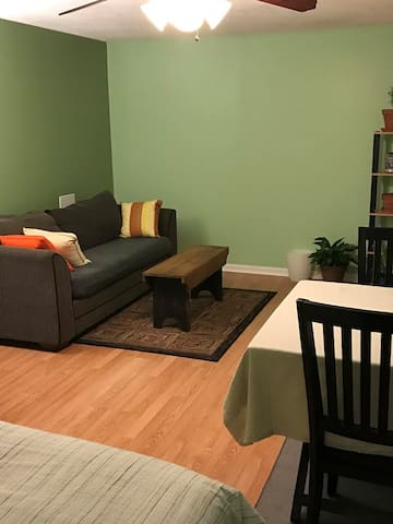 Private One Bedroom w/ PVB -  near Vienna Metro/DC