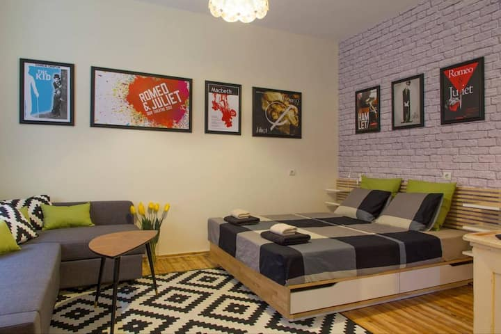 ✵Theater Apartment in the heart of Sofia✵