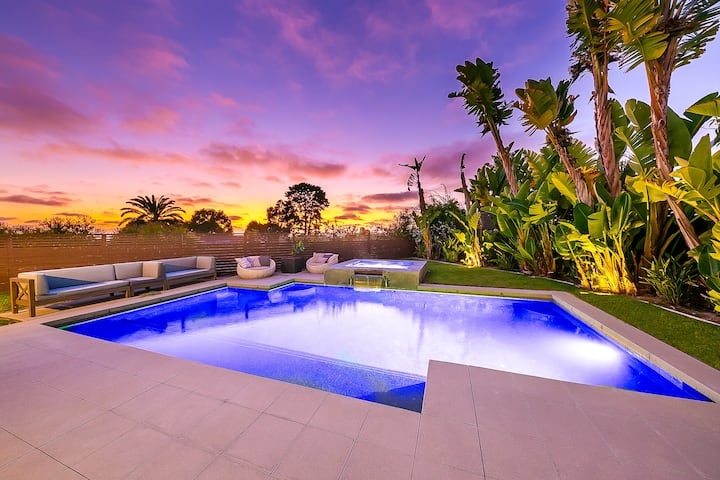 The Oceano Homestead - 5BR Lux W/Pool & Ocean View