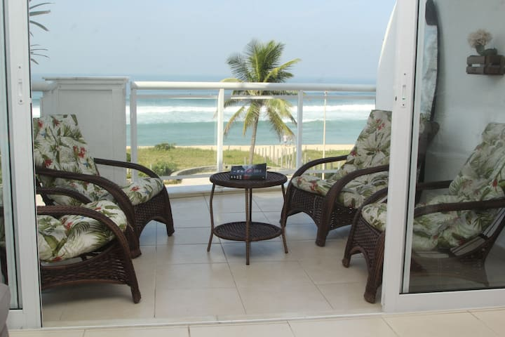 2-Ensuite flat with stunning sea view!