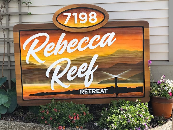 Rebecca Reef Retreat - Your Home away from Home!