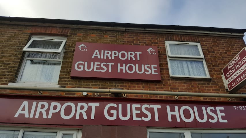 AirportGuestHouse