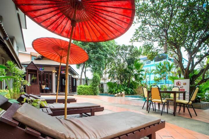 Pool View, Superior Room, Pattaya