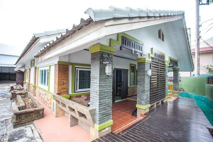 New hostel close Chiang Rai airport 5 minuet-6