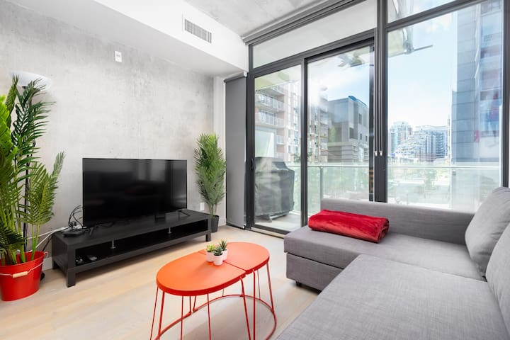 """""""Super clean and cosy little apartment with an incredible view. I can recommend this place 100%."""" -Ramona  (5 Star Rating)"""