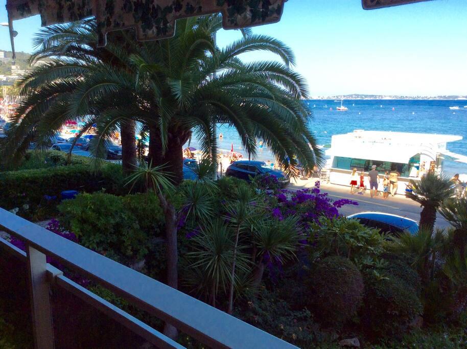 T2 superb vue mer palm beach terrasse soleil parkg for Location garage cannes palm beach