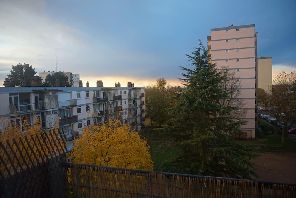 Vue balcon-Parc résidentiel calme