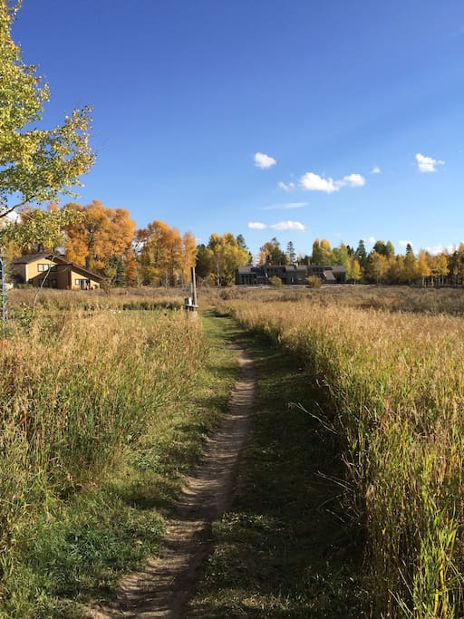Beautiful meadow walk from the condo to the Aspens market, bus stop, etc. (of course you can drive, too! But why?)